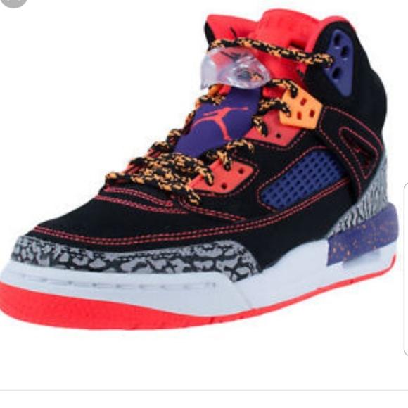 competitive price badbd 89b45 Jordan Other - Jordan spizike GS Taz sneakers EUC 317321-025